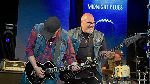 Blues Rock med Midnight Blues med den Skaldede Kok på bas. Foto: Ole Iversen